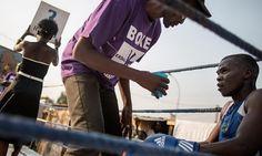 Cameroun - Tournoi qualificatif aux JO de Rio: Six boxeurs centrafricains à Yaoundé - http://www.camerpost.com/cameroun-tournoi-qualificatif-aux-jo-de-rio-six-boxeurs-centrafricains-a-yaounde/?utm_source=PN&utm_medium=CAMER+POST&utm_campaign=SNAP%2Bfrom%2BCAMERPOST