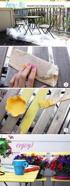 Pintar mis muebles de patio de madera no fue nada difícil, pero si un trabajo de paciencia. Si estás pensando en pintar tus muebles exteriores este verano, te invito a checar estos simples pasos a seguir | LiveColorful.com