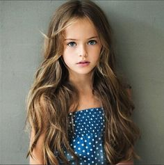 "[FC:Kristina Pimenova] ""Hiii. I'm Amanda. I'm 4 and I like to sing. I hope to be a model someday. What's your name?"""