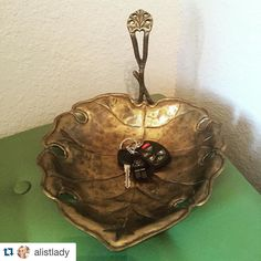 """#Repost @alistlady with @repostapp.  Second chance!! $22 shipped.  Vintage brass leaf catch all dish/tray. 11.5"""" long. (yes that is Darth Vader on my key ring....#boymom) #32.00 shipped. #brassisback #vintagegold #shopthealist #allaboutthatbrass"""