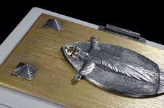 Copertina di Evangeliario realizzata per Papa Francesco dal Maestro Orafo Paolo Penko in collaborazione con la Bottega d'Arte Maselli #paolopenko #PapaFrancesco #artesacra #sacredart #firenze #arte