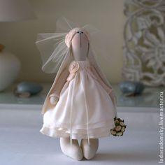 Игрушки животные, ручной работы. Ярмарка Мастеров - ручная работа Свадебная зайчишка Ninetta - 30 cм. Handmade.