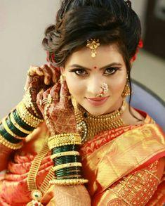 Pinterest: @cutipieanu Formal Wedding, Wedding Bride, Wedding Ideas, Marathi Bride, Bridal Looks, Hair Jewelry, Indian Beauty, Wedding Makeup, Party Wear