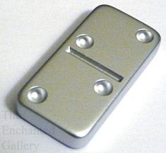 Krylon metallic silver spray paint domino pendant tutorial how to guide Finally something better than the sharpie I was using Domino Crafts, Domino Art, Tile Crafts, Diy Resin Crafts, Bamboo Crafts, Domino Jewelry, Jewelry Art, Jewlery, Jewelry Crafts