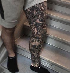 Black and grey leg sleeve.