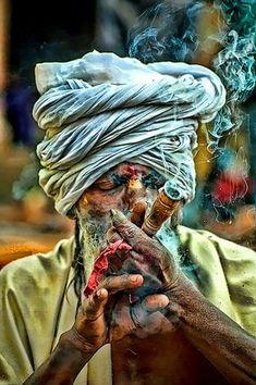 A Holy Saint (probably)/ Saadhu, Baba, Jogi Exhales the Puffy Smoke of Marijuana in Pashupatinath, Kathmandu, Nepal. By Samir Pradhananga on Religions Du Monde, Cultures Du Monde, World Cultures, We Are The World, People Around The World, Sadhus India, Portrait Art, Portrait Photography, Paint Photography