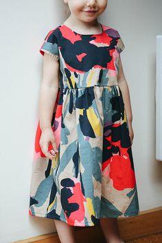 Sweet dress great fabric