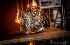 #sculpture #handcraft #popculture #steampunktendencies #recycled #scrapart #scrapsculpture #art #retrofuturism #copper #lafabricaflims #starwars #clone #clonewars #vintage #helmet #mask
