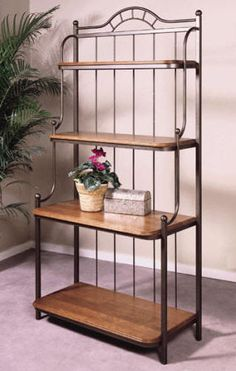 Wrought Iron Baker's Rack with bottom shelf Iron Furniture, Steel Furniture, Industrial Furniture, Furniture Design, Regal Industrial, Wrought Iron Decor, House Plants Decor, Iron Art, Easy Home Decor
