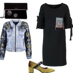 Giacca di Zara Azzurra con spalline imbottite. Depop