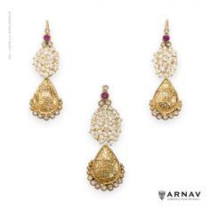 Roxana Earrings and Pendant ( Gold ) - Arnav - Jewellery from the Heart