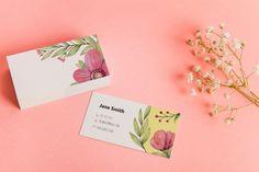 Get Inspired For Invitation Card Mockup Freepik Business Cards Online, Premium Business Cards, Elegant Business Cards, Cool Business Cards, Business Card Mock Up, Custom Business Cards, Business Card Design, Mockup, Logo Floral