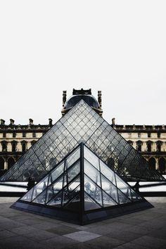 Louvre Pyramid, Paris | Alex Holyoake
