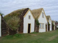 Recreated turf houses at Glaumbær in Iceland (Christian Wirth via Wikimedia Commons under CC BY-SA 2.5) Who Was Gudrid and Did She Really Exist? | History | Smithsonian Magazine Green Architecture, Sustainable Architecture, Sustainable Design, Pavilion Architecture, Residential Architecture, Contemporary Architecture, Landscape Architecture, Versailles, Living Roofs
