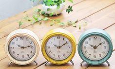 【楽天市場】置き時計 アンティーク調 木製 北欧【置き時計レトロミニ】置時計 おしゃれな木目の時計 ウッド調 コンパクトシンプル クロック アンティーク調 おしゃれ グリーン ホワイト イエロー:ヒナタデザイン