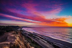 California Coast of Del Mar - by featured photographer @oliver_asis  #Todayscalifornia California #DelMar #SanDiego #sunset #sandiegoconnection #sdlocals #delmarlocals - posted by Today's California https://www.instagram.com/todayscalifornia. See more post on Del Mar at http://delmarlocals.com