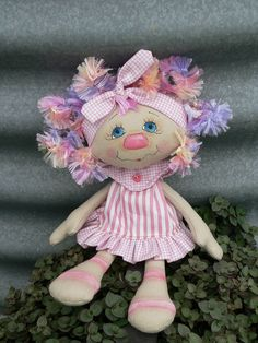 Charli Anne --I think Chelsea would like one of these for her birthday. Doll Clothes Patterns, Doll Patterns, Fabric Dolls, Paper Dolls, Doll Toys, Baby Dolls, Ann Doll, Operation Christmas Child, Sewing Dolls