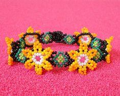 Authentic Mexican Huichol Art & Jewelry by coRamexico Seed Bead Bracelets, Seed Bead Earrings, Seed Beads, Beard Jewelry, Bead Loom Designs, Native Beadwork, Beaded Animals, Beading Tutorials, Loom Beading