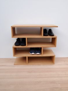 Shoe Shelves, Shoe Storage, Wall Shelves, Shoe Shelf Diy, Shoe Rack Oak, Small Shoe Rack, Shoe Racks, Black Metal, Modern Shoe Rack