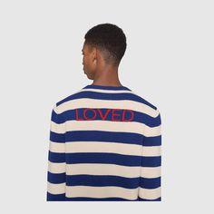 Gucci Pull en laine à rayures et tête de tigre Detail 6