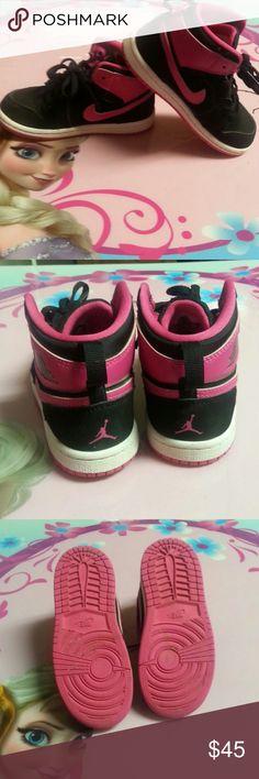Jordan 1 Retro High GT Black w/ vivid pink and white/vivid pink bottoms. Only worn a couple times. Great condition. Size 9C Nike air jordans Jordan Shoes Sneakers