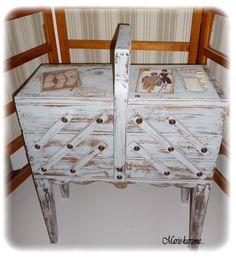 Pour les amoureuses d'objets ayant déjà un vécu... Cette boite pour couture vous raviras je pense par son côté vintage... Cette Ancienne Grande Travailleuse chinée en b - 12237787