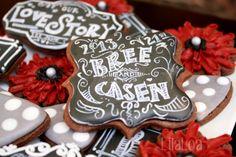 LilaLoa: Chalkboard Wedding Cookies