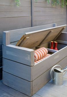 DIY design ideas to turn wooden pallets into fantastic furniture for your home a. - DIY design ideas to turn wooden pallets into fantastic furniture for your home and garden. Outdoor Furniture Plans, Wooden Pallet Furniture, Wooden Pallets, Pallet Benches, Outside Storage Bench, Outdoor Storage, Seat Storage, Pool Storage, Pallet Storage
