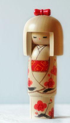 Kokeshi doll ~ red spring kimono