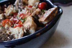 Delicious Panzanella Recipe #Italian #Recipes  http://thelittlethingsjournal.blogspot.com/