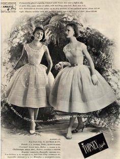 1960s Fashion, Vintage Fashion, Women's Fashion, 50s Look, Seventeen Magazine, Retro Chic, Vintage Looks, Vintage Style, Retro Dress