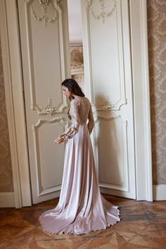 Bridesmaid Dresses, Wedding Dresses, Wedding Inspiration, Mirror, Formal Dresses, Check, Fashion, Bridesmade Dresses, Bride Dresses