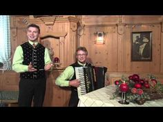 Bergkristall - So langsam wird´s Weihnacht - YouTube German Christmas, Berg, Videos, Youtube, Songs, Fictional Characters, Winter Time, Crystals, Weihnachten