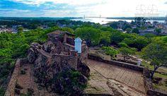 Feliz Mañana #bolivarense con este Amanecer de la vista del Fortín Del Zamuro  y el Imponente Puente Angostura desde donde se defendió la Ciudad según las historias contadas por los años 1902. #dronerosdeVenezuela #pictures #MIVENEZUELA #historia #tradicionbolivarence #IGERSGUAYANA #IGERSVENEZUELA #dji #inspire #aereo #cascohistorico #puenteangostura #historia #tradicion #Venezuela