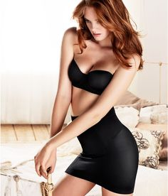 14 Best Attractive & Sexiest Alexina Graham Wallpapers and Pics