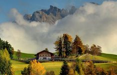 Südtirol Country Roads, Pictures, Advertising Agency, Projects