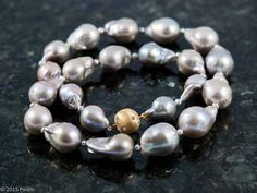 Extraordinärt stora sötvattenpärlor 15-20 mm - Extraordinary big freshwater pearls 15-20 mm