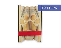 Folded Book Art Pattern - Paw Print - 150 Folds - Including manual - Bookfolding Pattern - Folded Book Pattern - Book Folding pattern