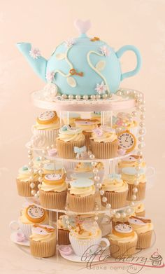 Vintage Alice in Wonderland Tea Party    www.littlecherrycakecompany.com