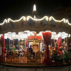 Bucharest Christmas Market. The best in years.  ______________________________________  #igshotz #instagoodmyphoto #worldtravelbook #BestVacations #visualsoflife  #wonderful_places #worldplaces #travel #magic #dreams #love #life #abundance #liveauthentic #christmas #market #lights