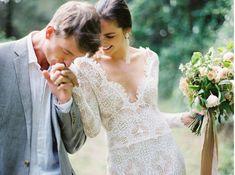Textured Modern Wedding Inspiration | Wedding Ideas | Oncewed.com