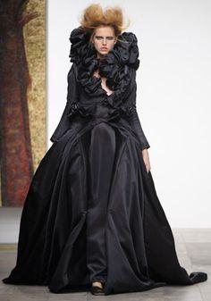 Elizabethan Era on Pinterest | Elizabethan Fashion, Tudor ...