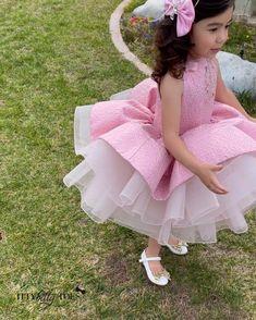 Princess Frocks, Toddler Princess Dress, Toddler Flower Girl Dresses, Princess Flower Girl Dresses, Girl Toddler, Toddler Girl Dresses, Baby Summer Dresses, Baby Tutu Dresses, Baby Girl Party Dresses