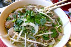 Tout comme pour notre recette decocktail vietnamien, ma référence pour ce petit restaurant est ma copine vietnamienne Mab. Elle m'a présenté Pho Bida Vietnam comme le restaurant qui sert «l…