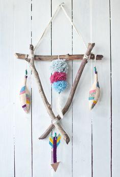 "mobile ""Indian spring"" www.facebook.com/loflov #feather #spring #mobile #kids #pompom #arrow"