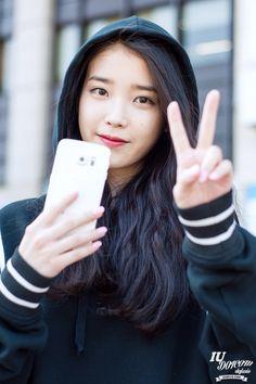 150421 IU After Producer Filmingcr: lasie Miss Korea, Iu Fashion, Kpop Aesthetic, Korean Singer, Kpop Girls, Korean Girl, Asian Beauty, Kdrama, Hair Beauty