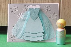 Elsa Princess Party Set Handmade Card & Peg by HootandTootsLoot Punch Art, Baby Cards, Kids Cards, Frozen Cards, Frozen Birthday Theme, Birthday Crowns, Party Invitations Kids, Invitation Birthday, Party Favors