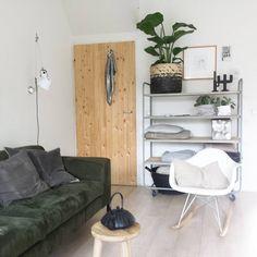 Gisteren na het gezellige bezoek van @suusgoose nog wat veranderingen in de woonkamer gemaakt... plaats maken voor een nieuw meubelstuk