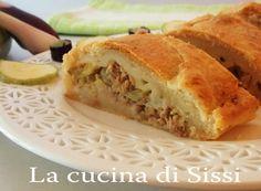 STRUDEL DI SFOGLIA  CON ZUCCHINE BIANCHE E TONNO http://blog.giallozafferano.it/cucinasissi/strudel-sfoglia-zucchine-bianche-tonno/