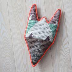Lutter Idyl | fox pillow